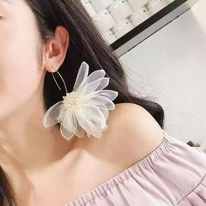 Big Lace Flower earrings